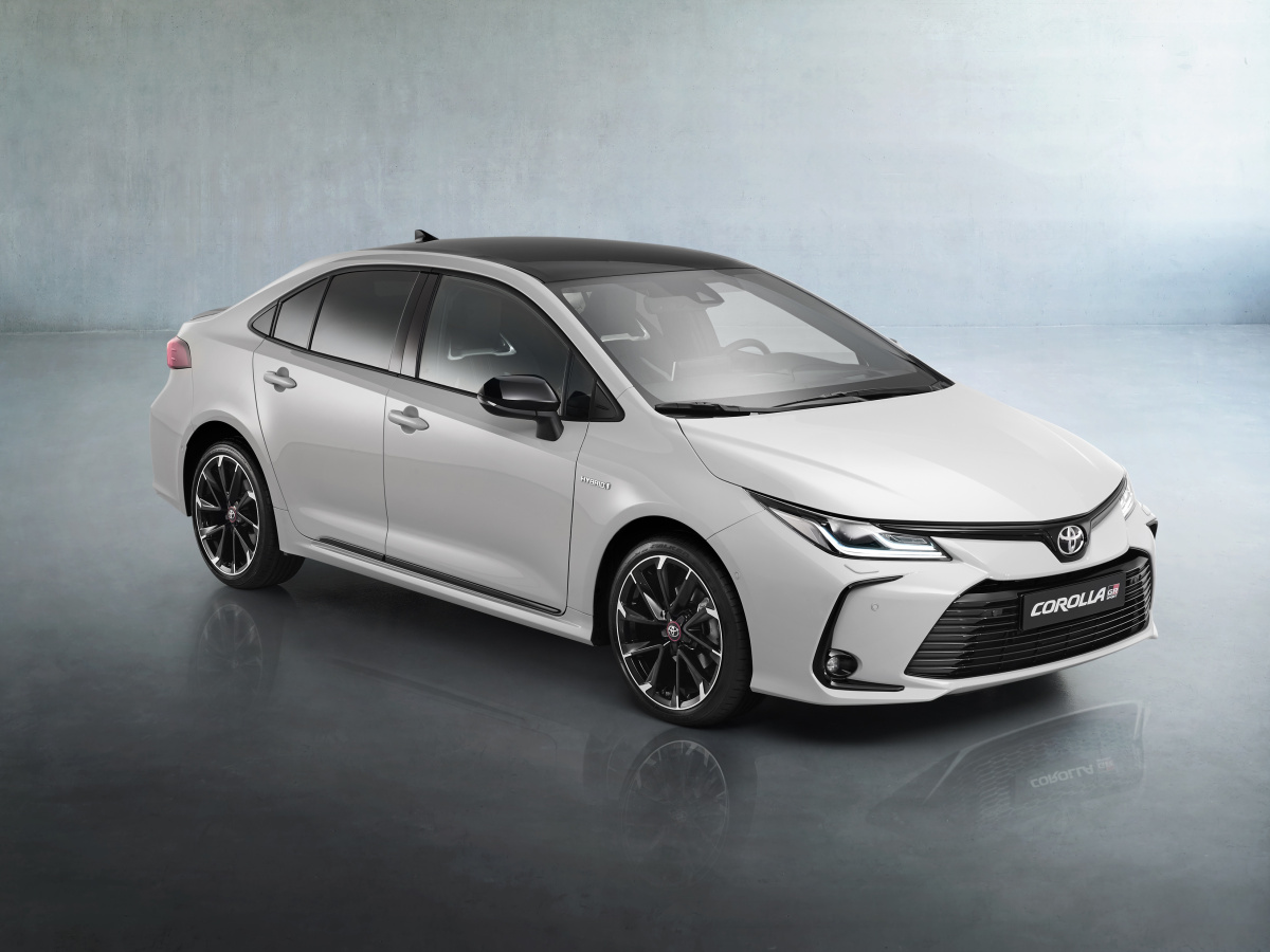 Toyota Corolla Sedan také nově v provedení GR Sport