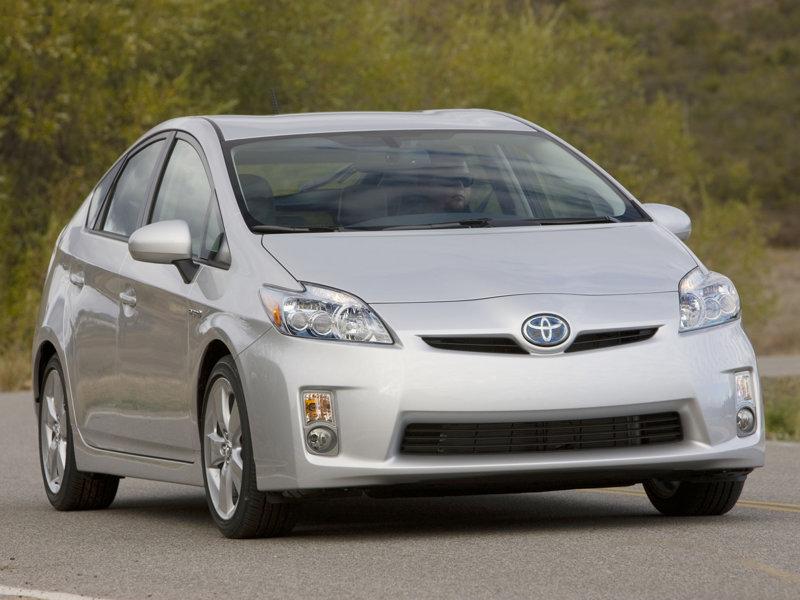Toyota Prius III. se pyšní titulem Japonské auto roku 2009-2010