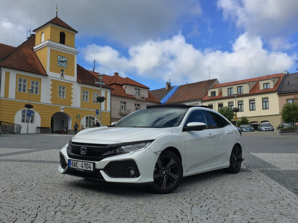 Test: Honda Civic 5D 1.0 Turbo VTEC - Vlčí mládě