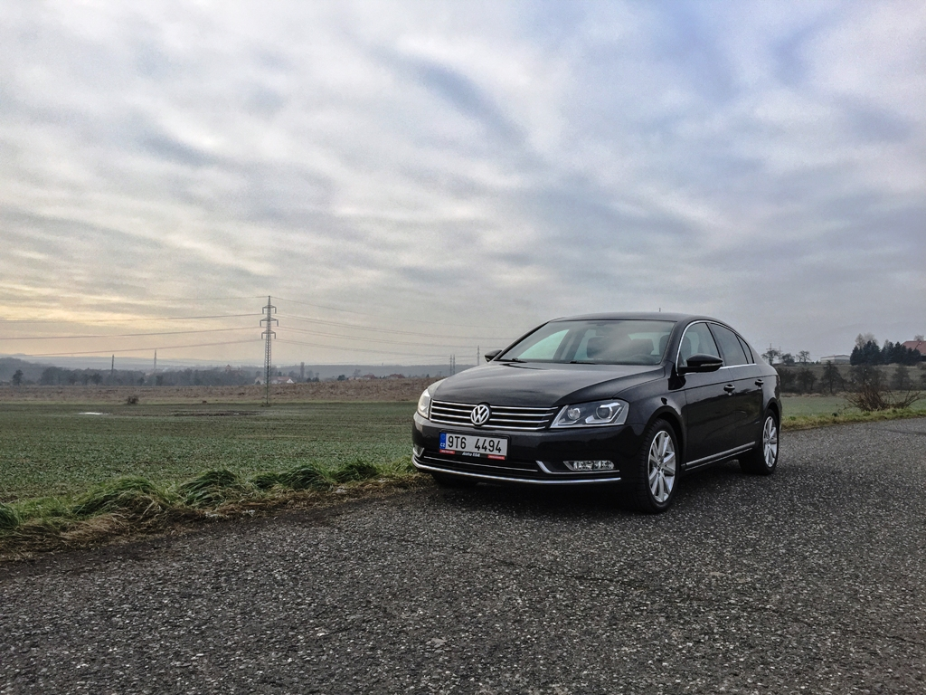 Test ojetiny: Volkswagen Passat 3,6 FSI 4Motion - pan Tajemný