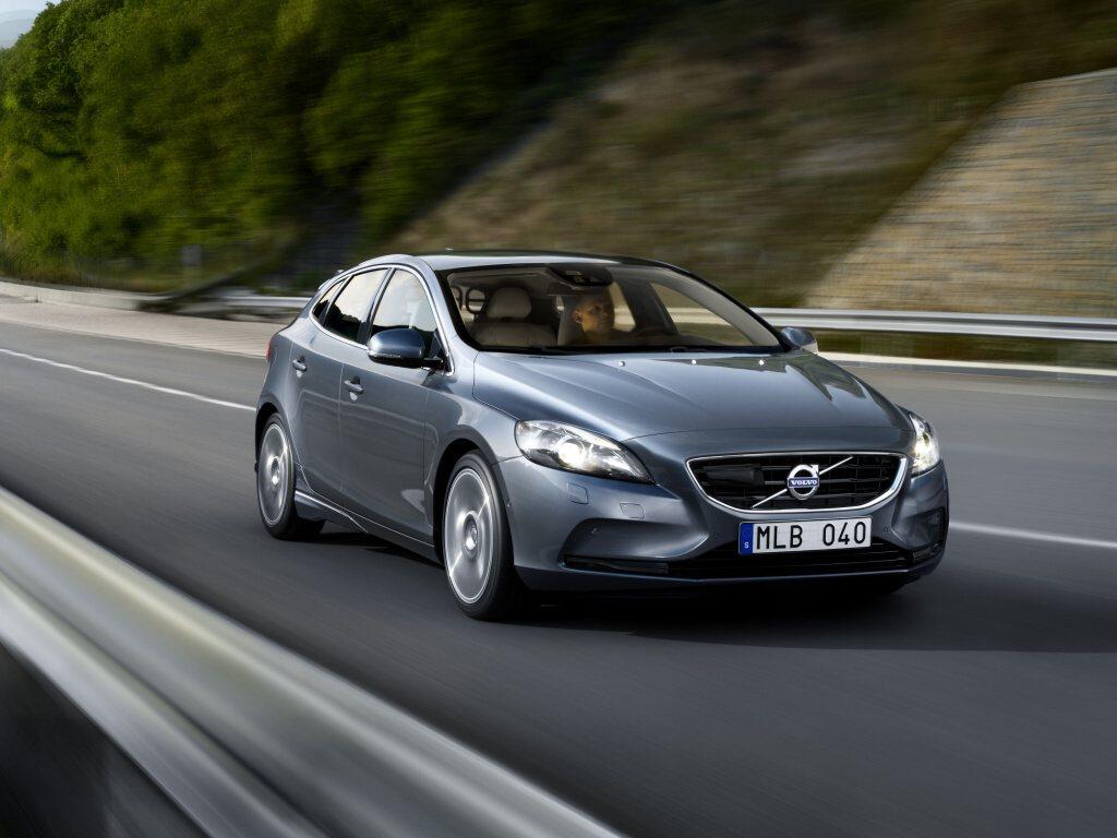 Volvo s airbagem pro chodce od 590.000 Kč
