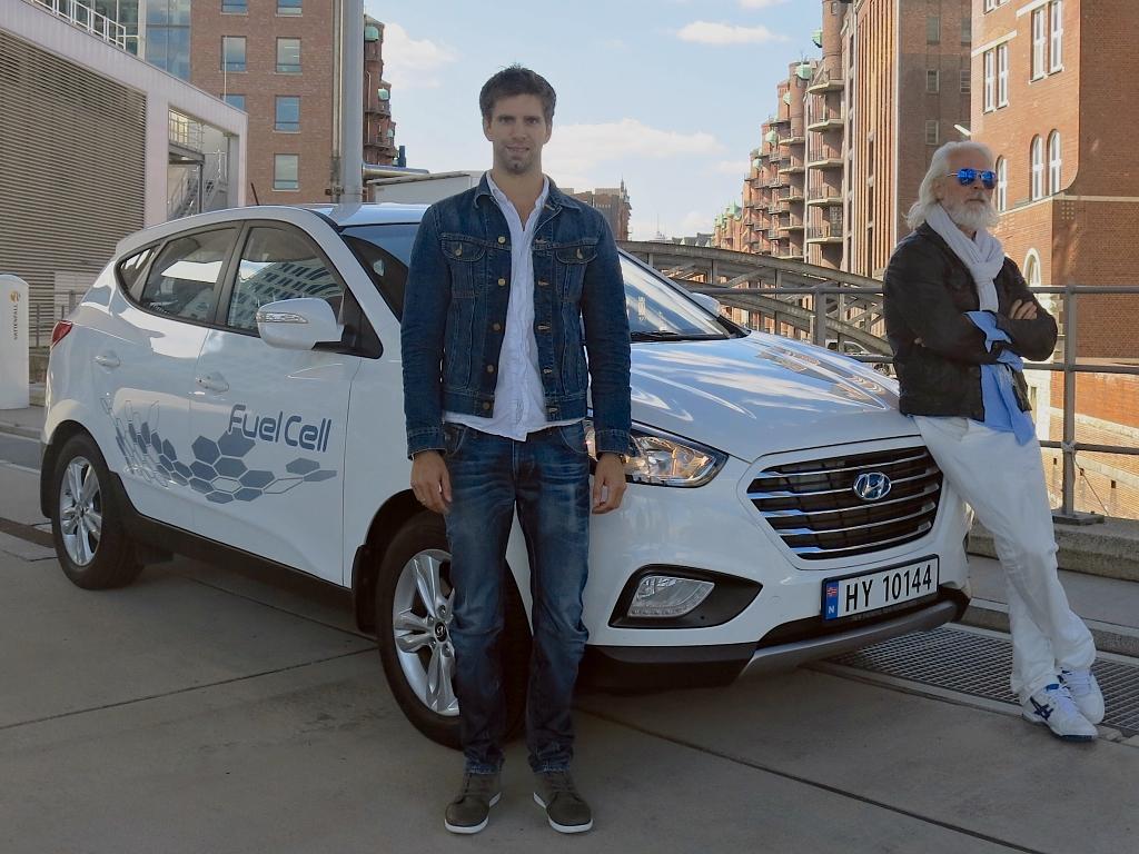 Za 24 hodin 2 383 km na vodík, to umí Hyundai ix35 Fuel Cell