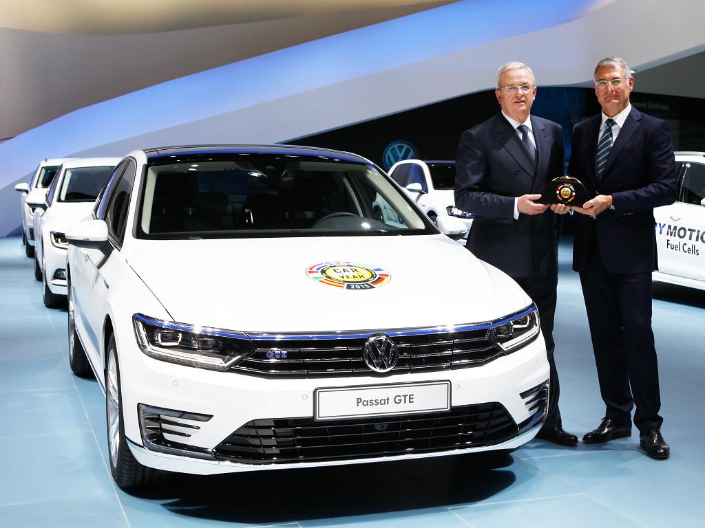 Ženevský autosalon 2015: Autem roku je Volkswagen Passat