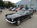 Ford Mustang 200 I-6 Convertible Manual
